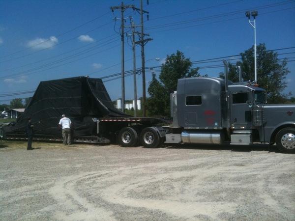 Truck drop deck ship
