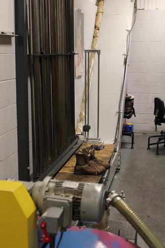 Louca gundrill lift up chip conveyor