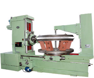Gear hobbing machine v 1500