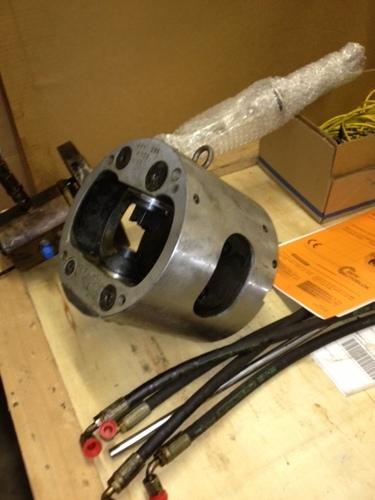 Axn and rotary manifold