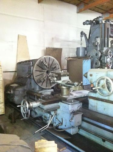 American pacemaker model 32 engine lathe