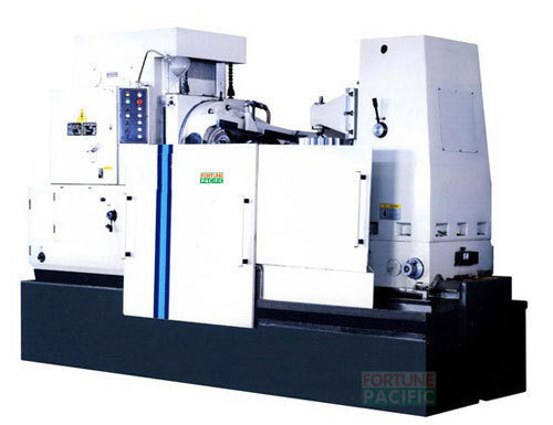Gh1000 large module gear hobbing machine