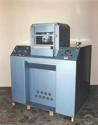 Machine 038