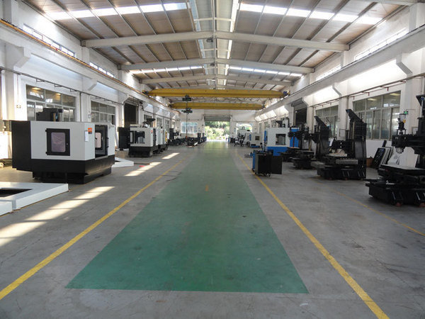 Cnc machine assembling line1