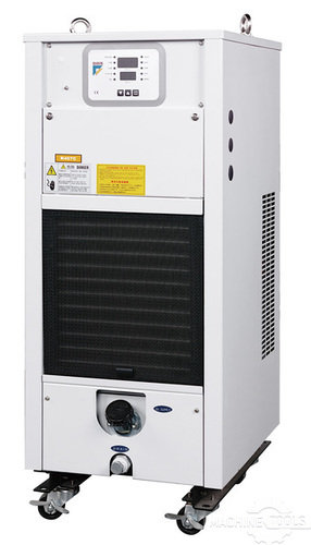 Spindle chiller included
