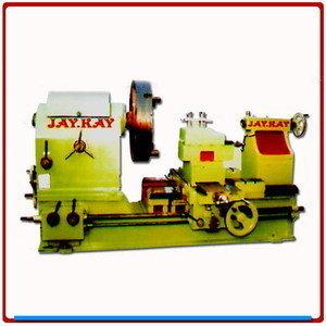 Extra heavy duty roll lathe