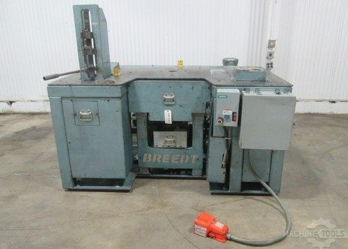 Am15261 breedt perforating machine  1