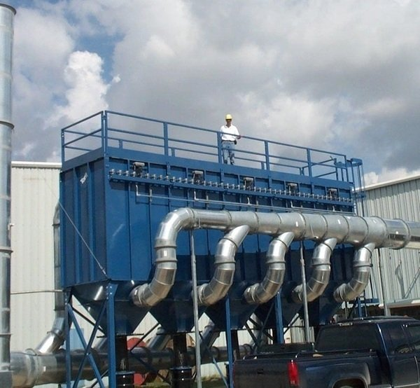 Baghouse for powdered chemicals