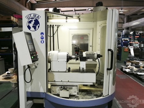 Front view of utma p20 cnc machine