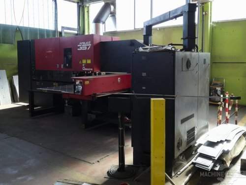Right view of amada apelio ii 357 machine