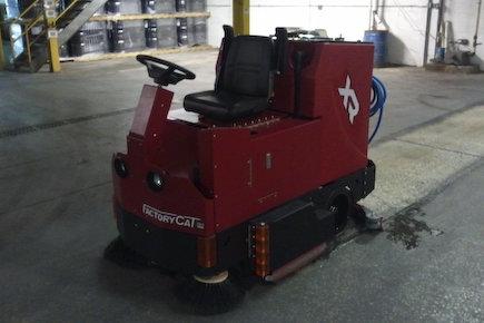 Xr floor scrubber 02