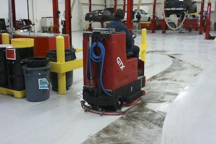 Gtx floor scrubber 03
