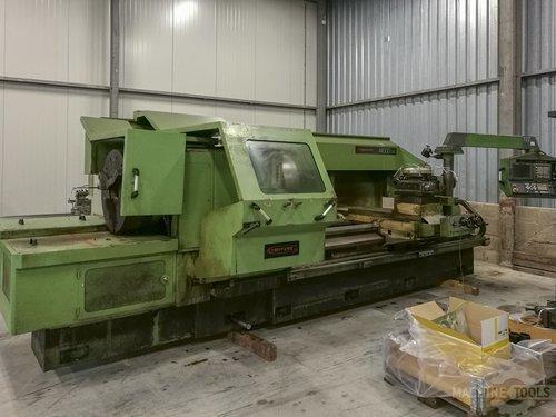Front view of gurutzpe a 1000 cnc machine