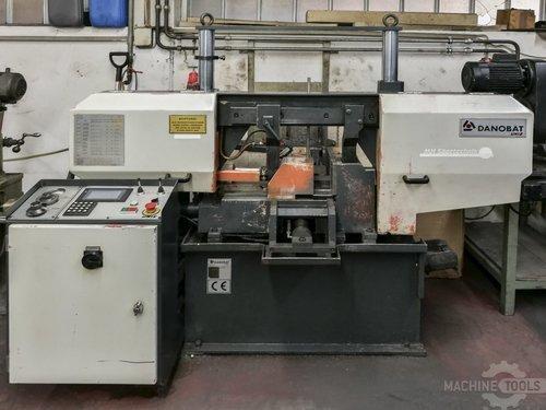 Front view of danobat cr 260a machine