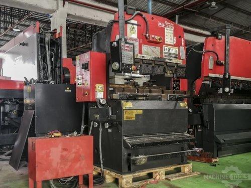 Left view of amada rg 35s machine