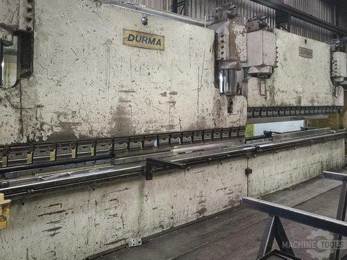 Left view of durma cnc t hap 40400 machine