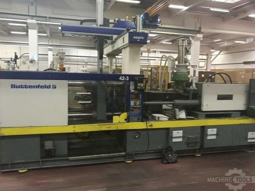 Front view of battenfeld bkt 2500 1250 machine