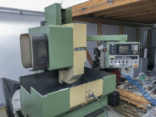 Left view 1 of mori seiki mv junior machine