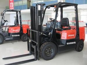 Forklift01