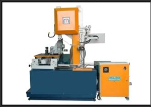 Hydraulic vertical band saw machine